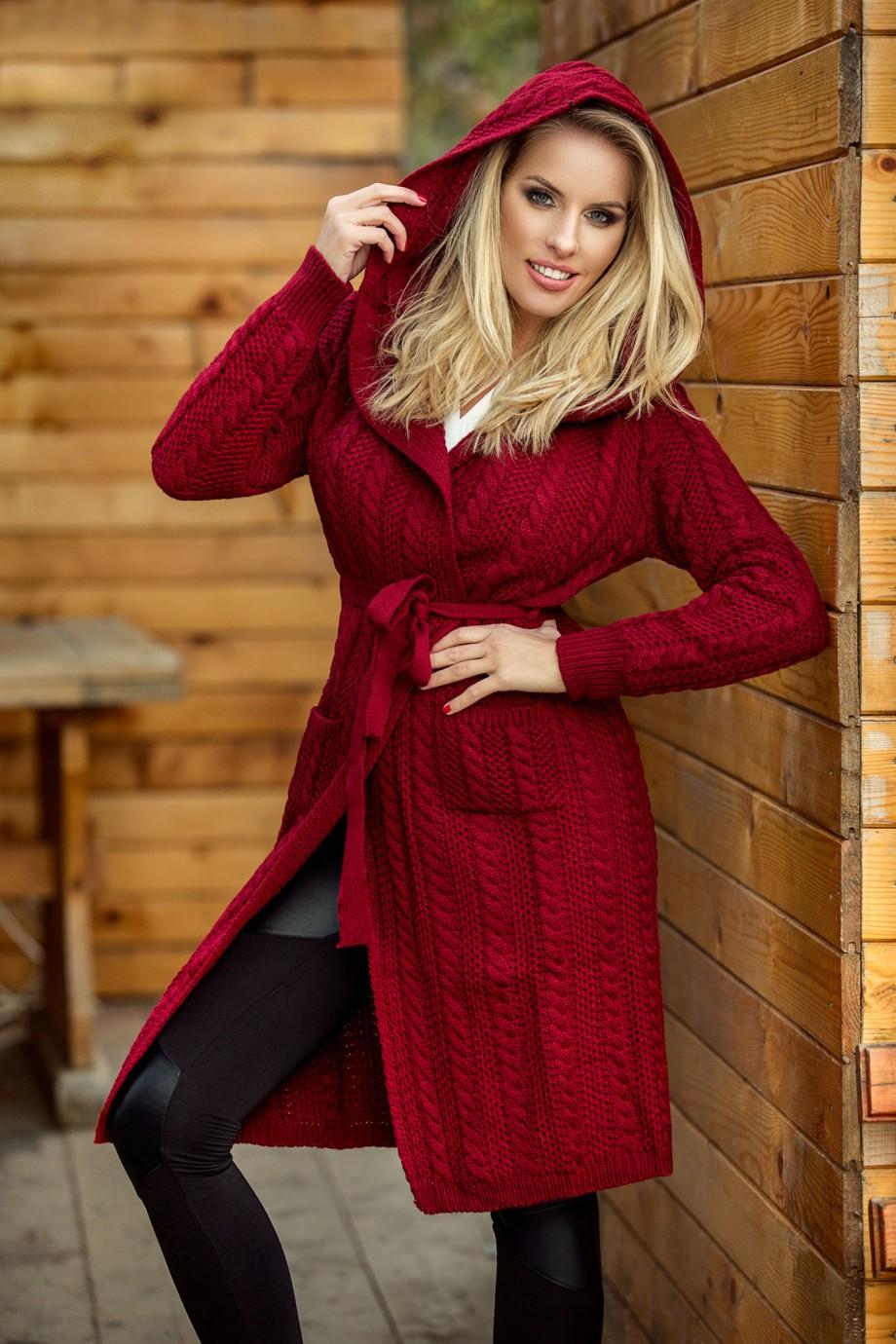 pulover_bordo_cu_gluga
