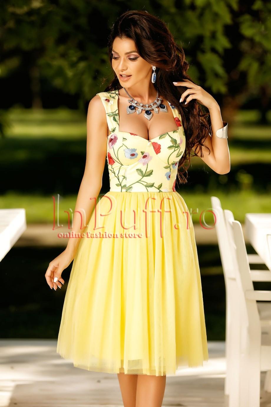rochie-midi-galbena-cu-dantela-colorata-la-bust-1502481704-4