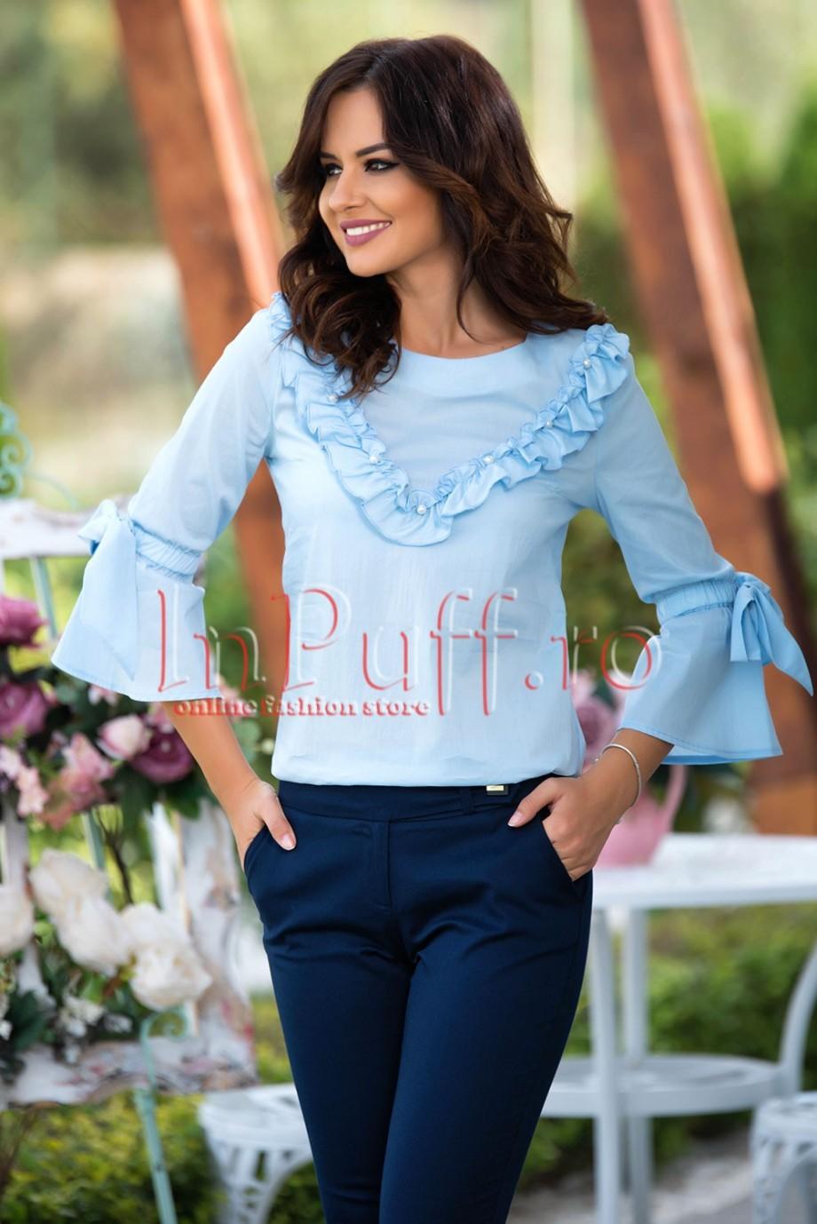 bluza-bleu-cu-volane-si-perle-albe-1505206414-4