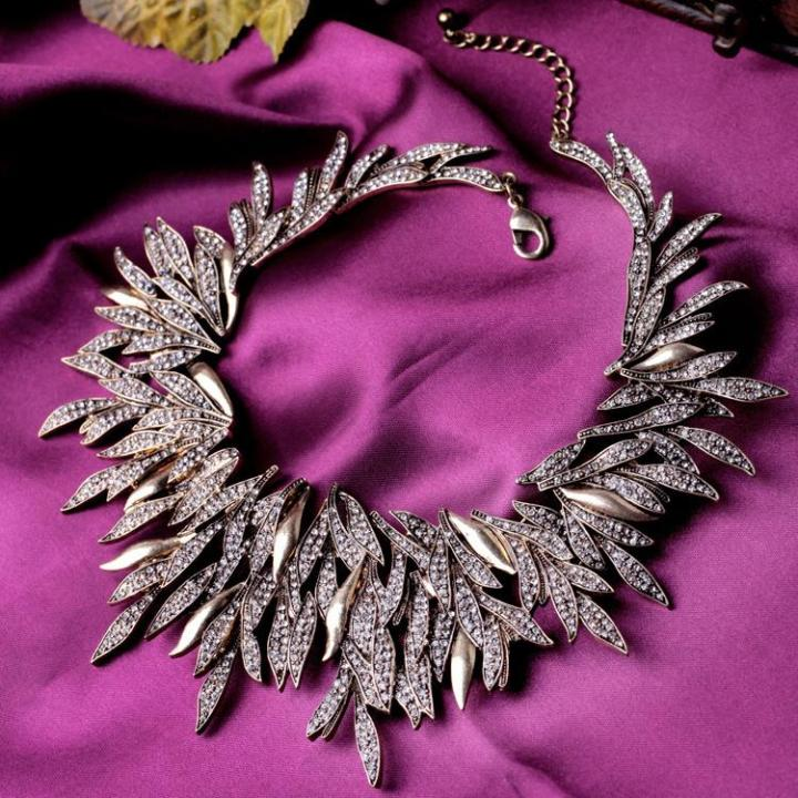 5 bijuterii dragute pe care sa le ai pana in 30 de ani